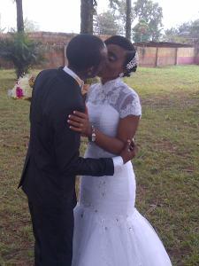 GROOM N BRIDE DOING THEIR THING